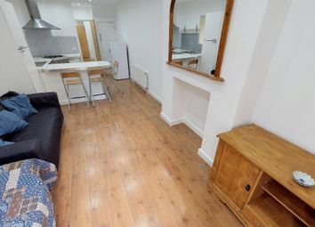 Thumbnail 2 bed flat to rent in Honneybrook Road, Clapham