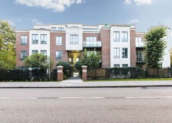 2 bed flat to rent in Eton Heights, Whitehall Road, Woodford Green IG8