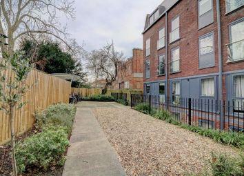 Thumbnail 1 bedroom flat for sale in Sheet Street, Windsor
