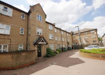 Thumbnail 4 bed flat to rent in Cornwallis Square, London