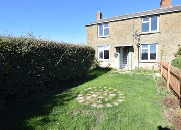 Thumbnail 4 bed cottage to rent in Alvescot Road, Carterton