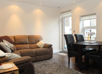 Thumbnail 2 bed flat to rent in Christchurch Road, Hemel Hempstead