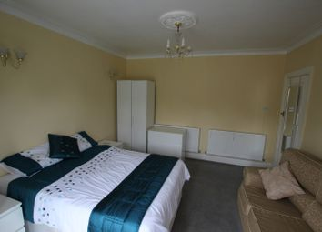 Thumbnail Room to rent in London Road - Room 2, Reading