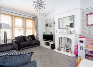 3 bed flat for sale in Bellevue Road, Southend-On-Sea SS2
