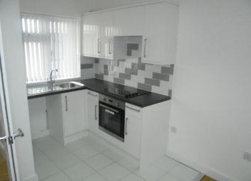 Thumbnail 1 bedroom flat to rent in Hazelbury Cresent, Luton