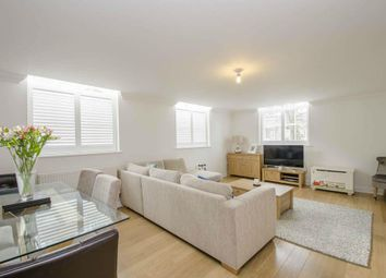Thumbnail 2 bedroom flat to rent in Kingsley Avenue, Stotfold, Hitchin