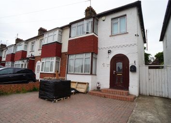 Thumbnail Terraced house to rent in Abbey Road, Gravesend, Kent