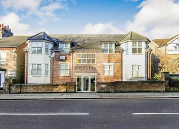 Thumbnail 2 bedroom flat for sale in Hitchin Road, Luton