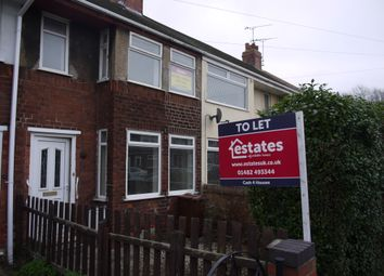 Thumbnail 3 bed terraced house to rent in Welwyn Park Road, Hull