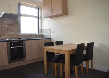 Thumbnail 1 bedroom flat to rent in Wakefield Rd, Bradford