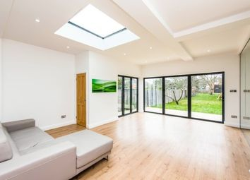 Thumbnail 6 bed property to rent in The Hollands, Worcester Park