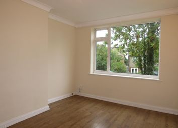 Thumbnail 2 bed flat to rent in Highland Drive, Bushey