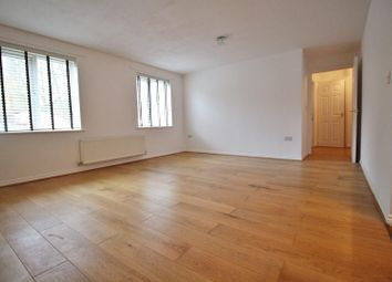 Thumbnail 1 bed flat to rent in Bennington Drive, Borehamwood