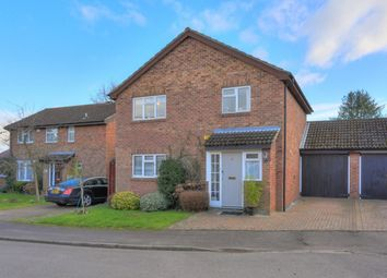 Thumbnail 4 bed detached house for sale in Mons Close, Harpenden