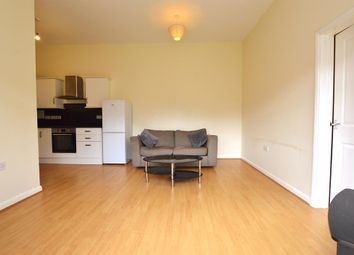 1 bed flat to rent in Canterbury Road, London E10