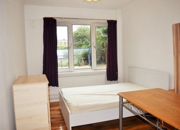 Thumbnail Room to rent in Reynolds House, Room 2, Approach Road, London