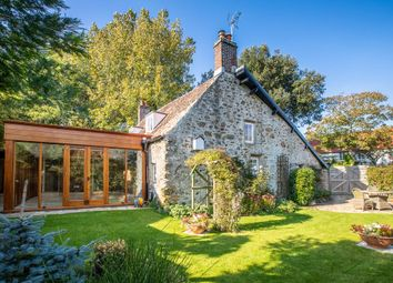 Thumbnail 3 bed cottage for sale in La Ruette Du Navet, St. Martin, Guernsey