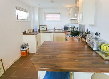 1 bed flat to rent in Trawler Road, Maritime Quarter, Swansea SA1