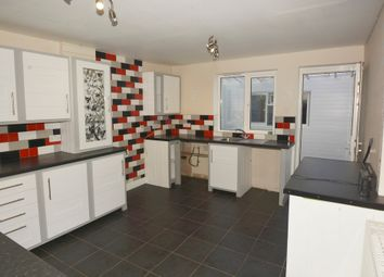 Thumbnail 2 bed town house to rent in Castle Close, Earl Shilton, Leicestershire