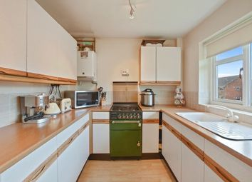 Thumbnail 2 bed flat to rent in Valley Close, Loughton