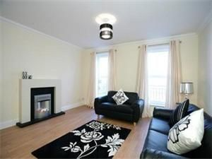 Thumbnail 3 bed town house to rent in South College Street, Aberdeen