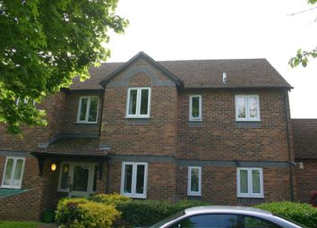 Thumbnail 2 bed flat to rent in Cherry Grove, Hungerford