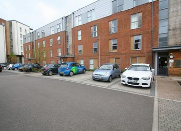 Thumbnail 2 bed flat to rent in Medway Drive, Tunbridge Wells