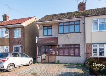 Grays End Close, Grays RM17. 3 bed end terrace house