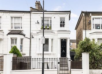 Thumbnail 3 bed flat to rent in Cathnor Road, London