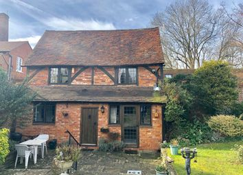 Thumbnail 1 bedroom cottage to rent in Henley On Thames, Oxfordshire
