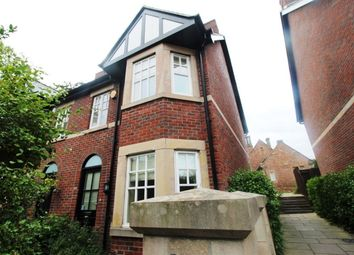 Thumbnail 3 bed town house to rent in Victoria Road, Macclesfield
