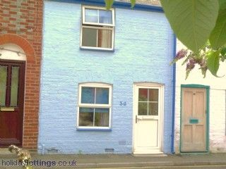 Thumbnail 2 bedroom cottage to rent in St. Andrews Street, Cowes