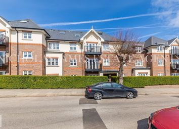 Hyacinth Court, Chelmsford Road, Southgate, London N14. 3 bed flat for sale