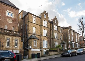 Thumbnail 1 bed flat to rent in Rosslyn Park Mews, Lyndhurst Road, London