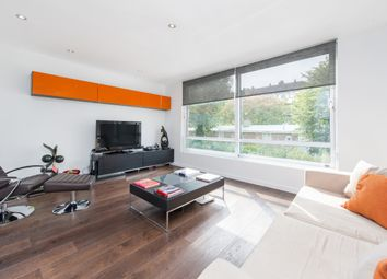 Thumbnail 3 bedroom flat to rent in Clarendon Road, London