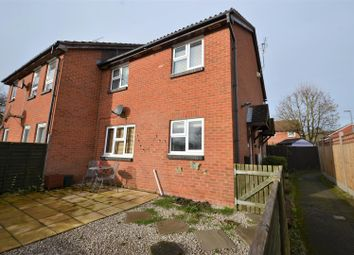 Thumbnail 1 bedroom property to rent in Cedar Close, Aylesbury