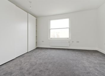 1 bed property to rent in Goldhawk Road, London W12