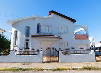 Thumbnail Villa for sale in Karaoglanoglu, Kyrenia, Northern Cyprus