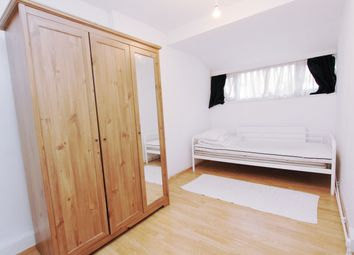 1 bed terraced house to rent in Stow Crescent, London E17