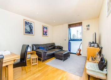 Thumbnail 1 bedroom flat for sale in Downham Road, Islington