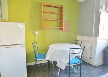Thumbnail 3 bed flat to rent in Park Crescent Place, Brighton