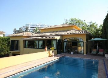 Thumbnail 4 bed villa for sale in Guadalmina River, Málaga, Spain