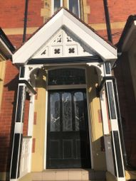 2 bed flat to rent in Park Road, Blackpool FY1