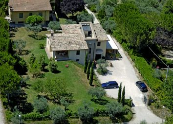 Thumbnail 5 bed villa for sale in Montefalco, Montefalco, Perugia, Umbria, Italy