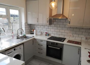 Thumbnail Room to rent in Old Moulsham, Chelmsford, Essex