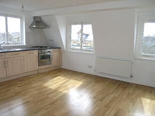 Thumbnail 1 bed flat to rent in Lyham Road, Brixton