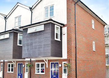 3 bed end terrace house for sale in East Grinstead, West Sussex RH19