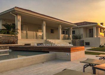 Thumbnail 6 bed villa for sale in Reggio, Emilia-Romagna, Italy