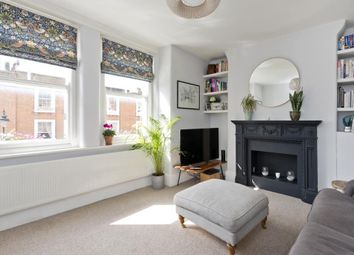 Halton Road, Islington N1. 1 bed flat