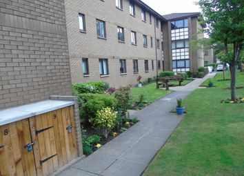 3 bed flat to rent in Allanfield, Leith, Edinburgh EH7